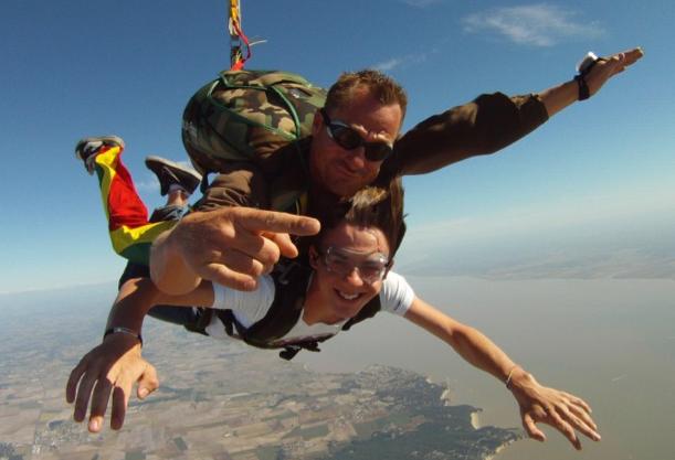 saut en parachute tours