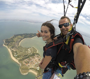 Baptême saut en parachute au dessus de L'île d'Aix - Bigair Parachutisme